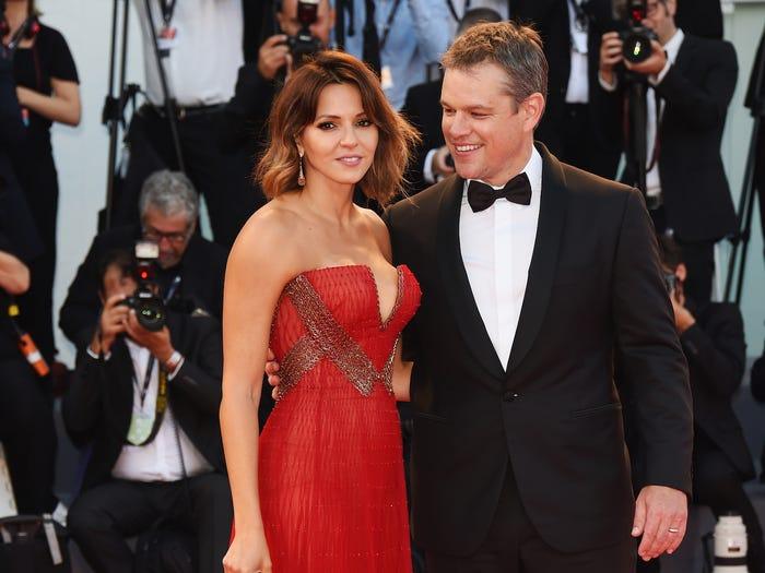 15個在紅毯上「被老婆美瞎」的可愛名人老公 瓦昆看到老婆瞬間變迷弟!