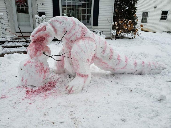 14位「比老闆更無言」的奇葩鄰居 他起床被「恐龍屍體」嚇到飆髒話!