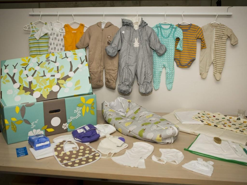 芬蘭贈「寶寶驚喜禮盒」給新手爸媽 質感爆棚「60樣必需品」連嬰兒床都有!