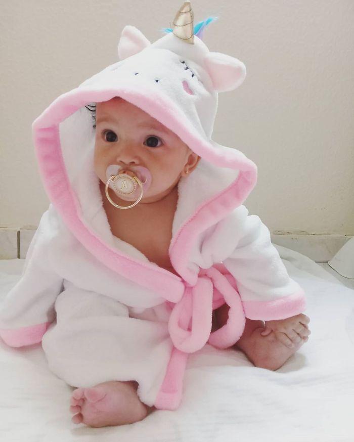 新手爸每天跟「肚中寶寶」聊天 她出生後「超甜回應」直接爆紅