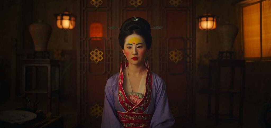 不受疫情影響!《花木蘭》確定「不為中國改檔期」3月底全球上映