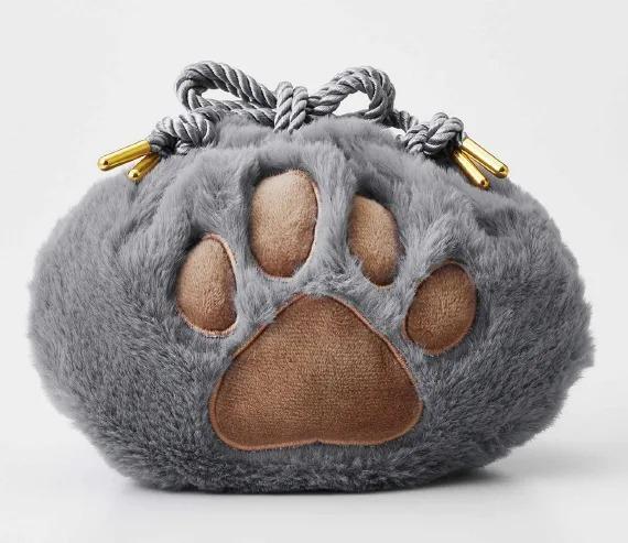 日大推「1:1貓咪手掌」收納袋 用力拉緊「粉嫩肉球浮現」貓奴融化❤