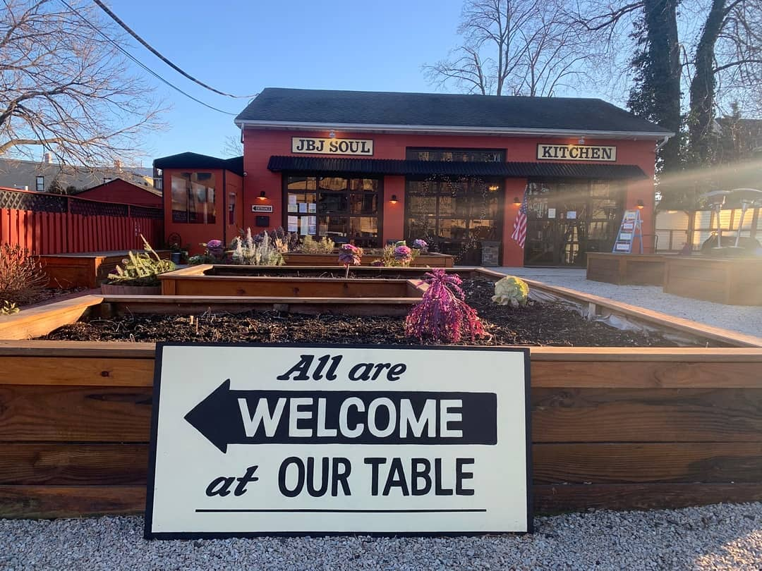 邦喬飛開餐廳「 請大家吃飯」還教面試技巧:我的餐桌歡迎所有人!
