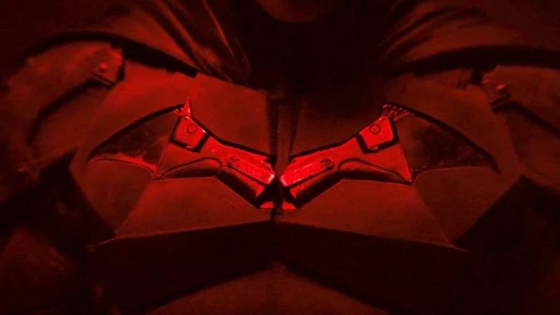 影/羅伯派汀森「蝙蝠俠扮相」正式公開!大肌肌快撐爆鎧甲超性感❤