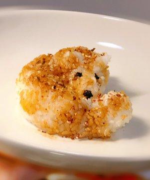 日網友用「3種食材」複製出筋肉動物 網笑翻:連畫素都完美還原XD