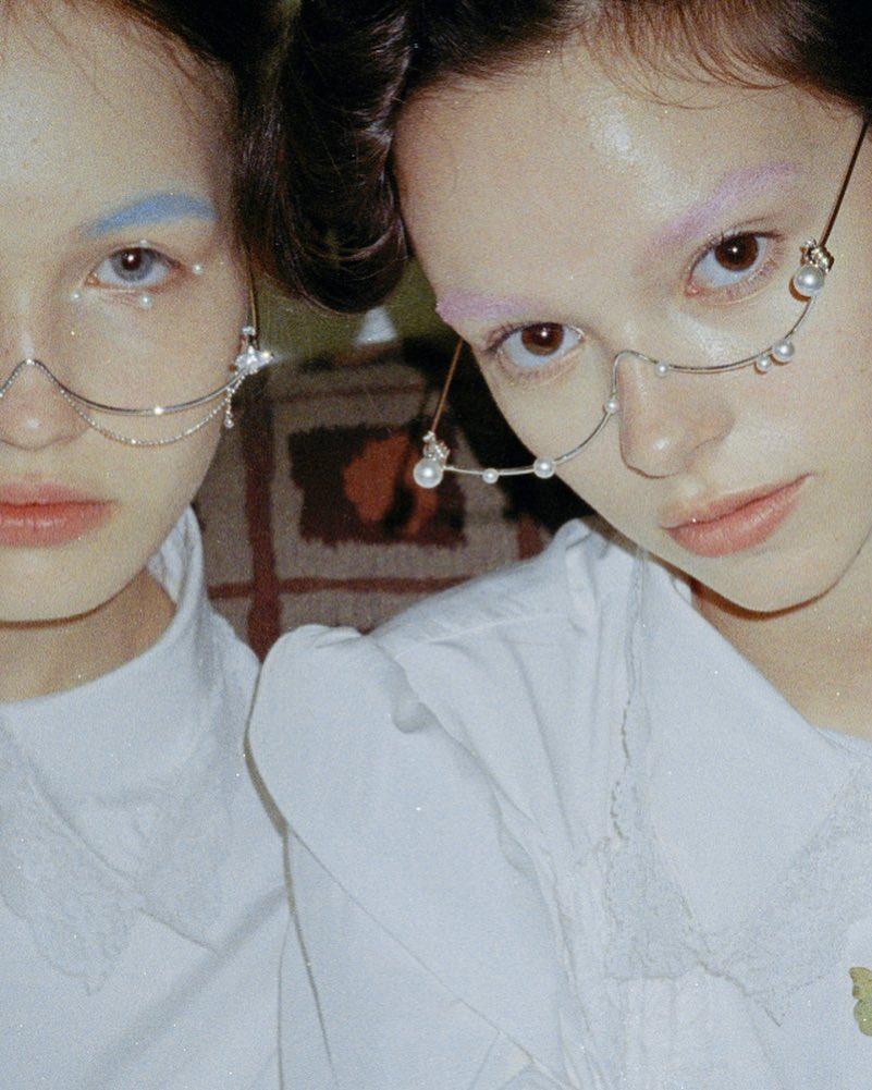 潮人瘋戴「沒有鏡片的眼鏡」 身價竟然「破萬」網崩潰:是臉的保險桿?