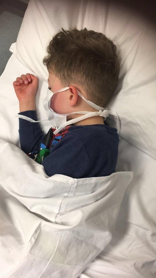 5歲小男孩確診絕望問「我會死嗎?」媽心碎發文呼籲:武肺不是開玩笑