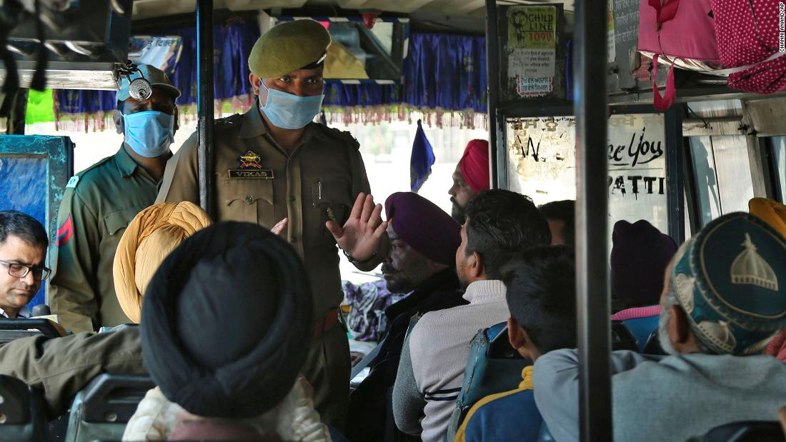 印度撐不住「宣布鎖國1個月」全球旅簽都禁  只有5種「特殊簽」可入國