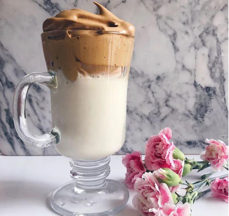 「武肺期間」流行起來的咖啡!材料超簡單 關鍵在「耐心攪拌」400次