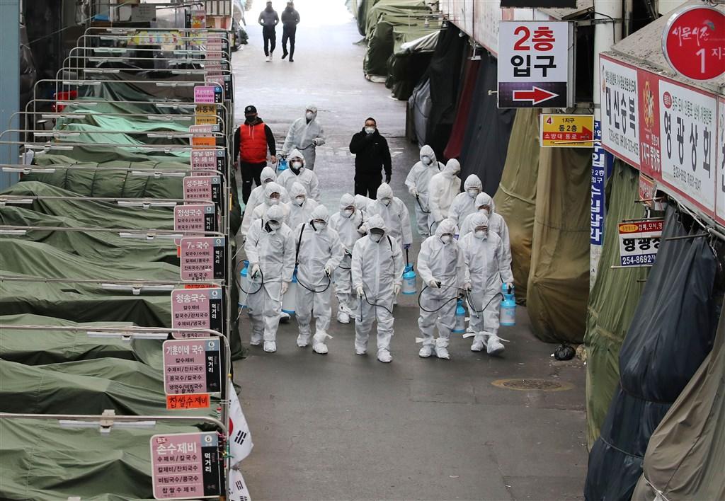 傳染力比SARS還恐怖!研究發現:武漢病毒可在「空氣中存活」數小時