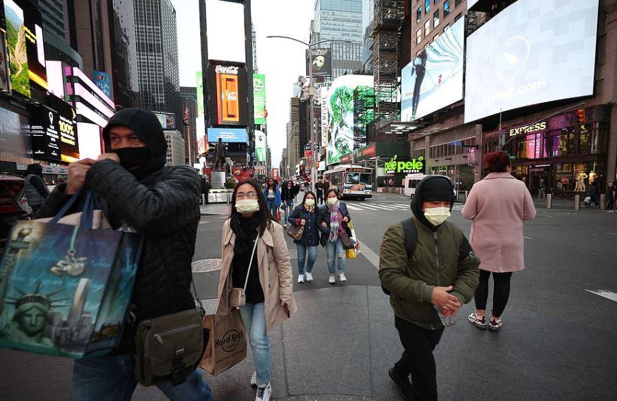 紐約確診破300「進入緊急狀態」 街道全空「已變鬼城」學生停課到4月