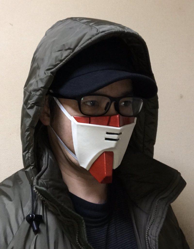 神人自製「動漫造型口罩」超霸氣 「蓋特龍」還能變防身武器!
