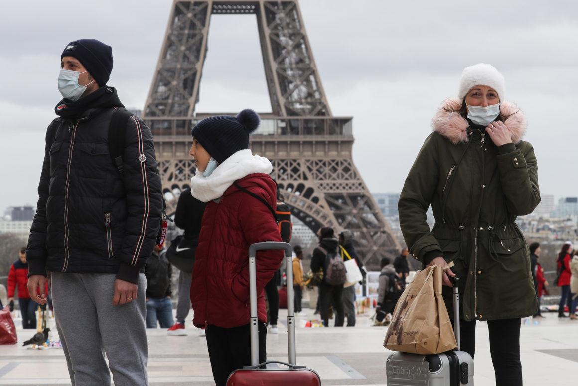 法國「宣布鎖國」全民15天禁外出 選舉暫停「違法馬上罰」軍隊當救護車!