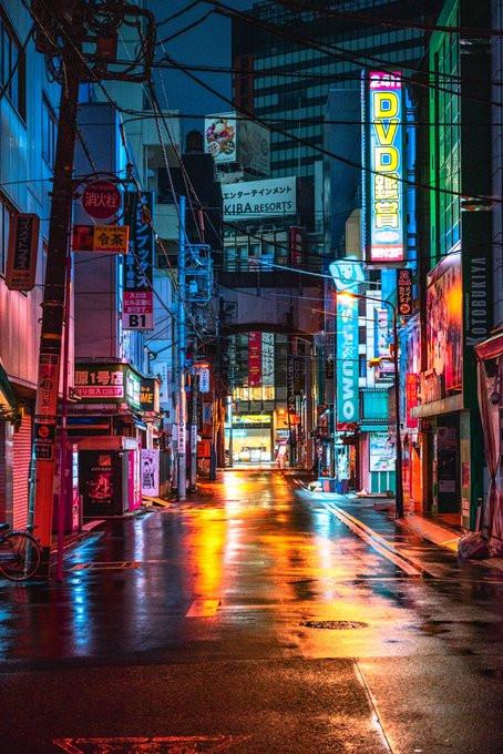 日網分享拍「秋葉原街景」最佳時機 現在的「宅男聖地」變絕美異世界!