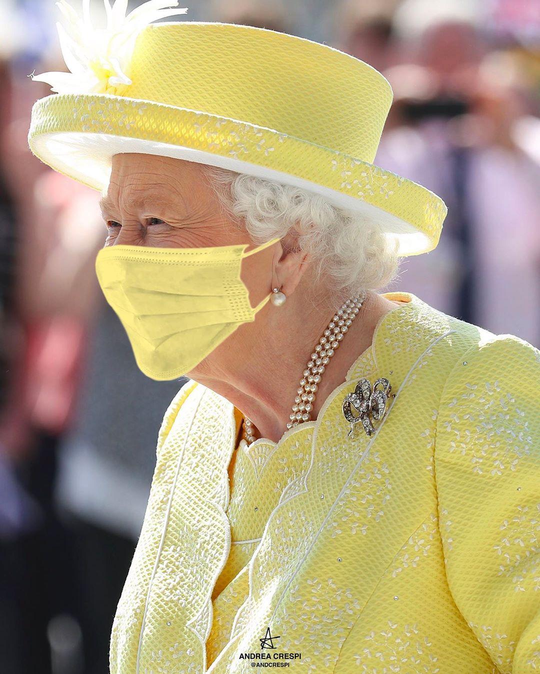 網P「女王的七彩衣櫃」也要跟上防疫 口罩「搭配造型」網笑:果然是皇室!