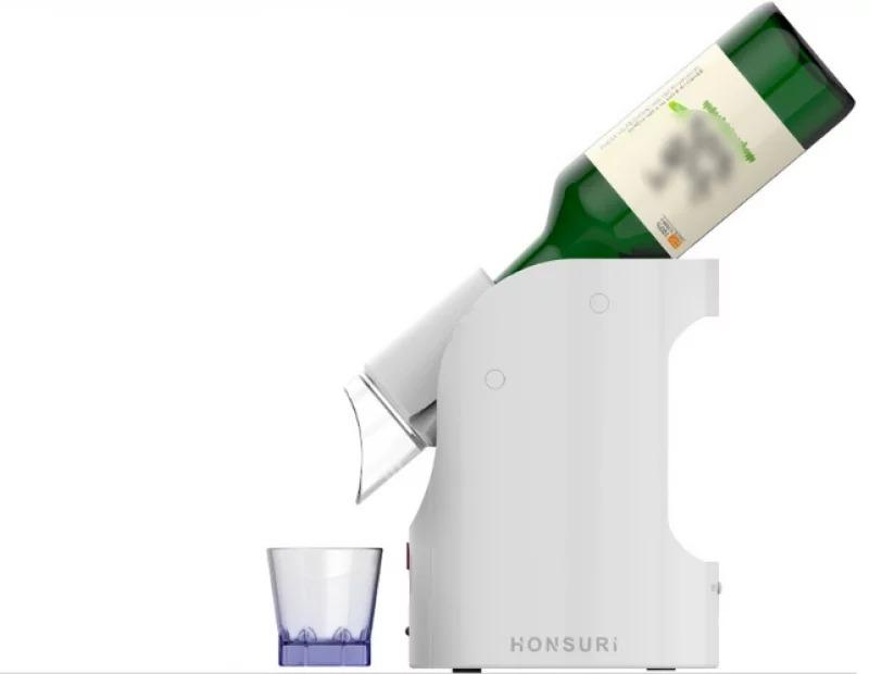 韓國「自動倒酒機」躲在家防疫必備 4種份量還有「隨機模式」整杯SHOT掉!