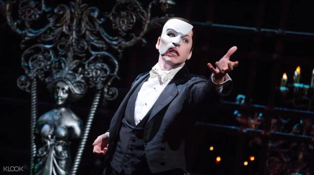 百老匯300部音樂劇開放「限時免費線上看」 呼籲民眾:別出門玩!