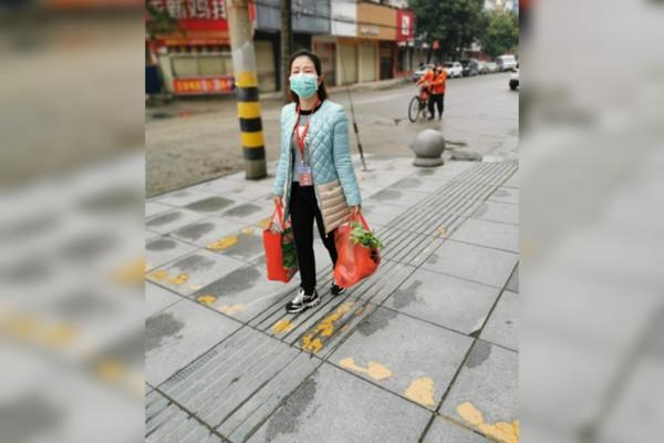 中國通城縣「最後一位確診」出院 全縣「解除封城」民眾可自由上街!