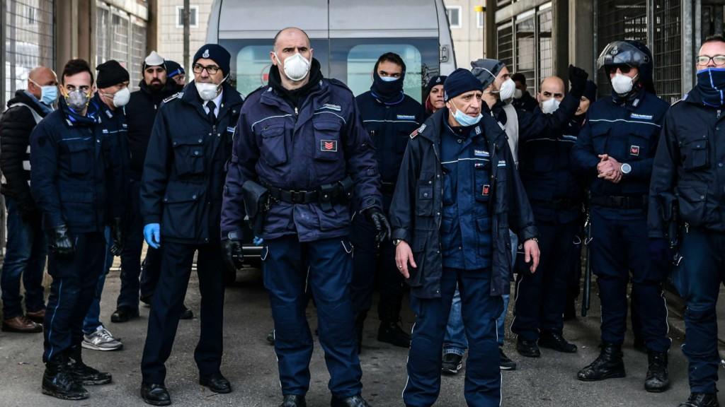 義大利總理下令「全國封鎖」擴大禁令 警告:非緊急「民眾不准外出」!