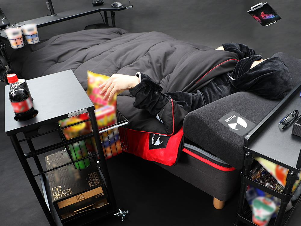 家居品牌推「終極遊戲懶人床」被讚爆:上廁所以外,這輩子不下床