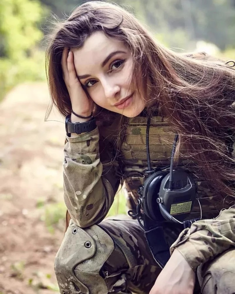 空靈正妹被封「俄羅斯小龍女」 卻有「超Man興趣」網驚呆:果然是戰鬥民族!