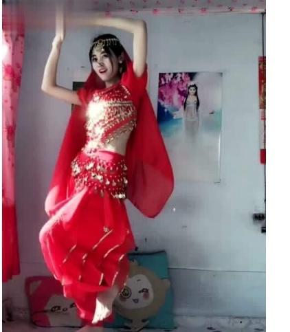 網紅「濃妝跳印度舞」紅不起來 半放棄「拍卸妝」竟暴增2000萬粉絲!