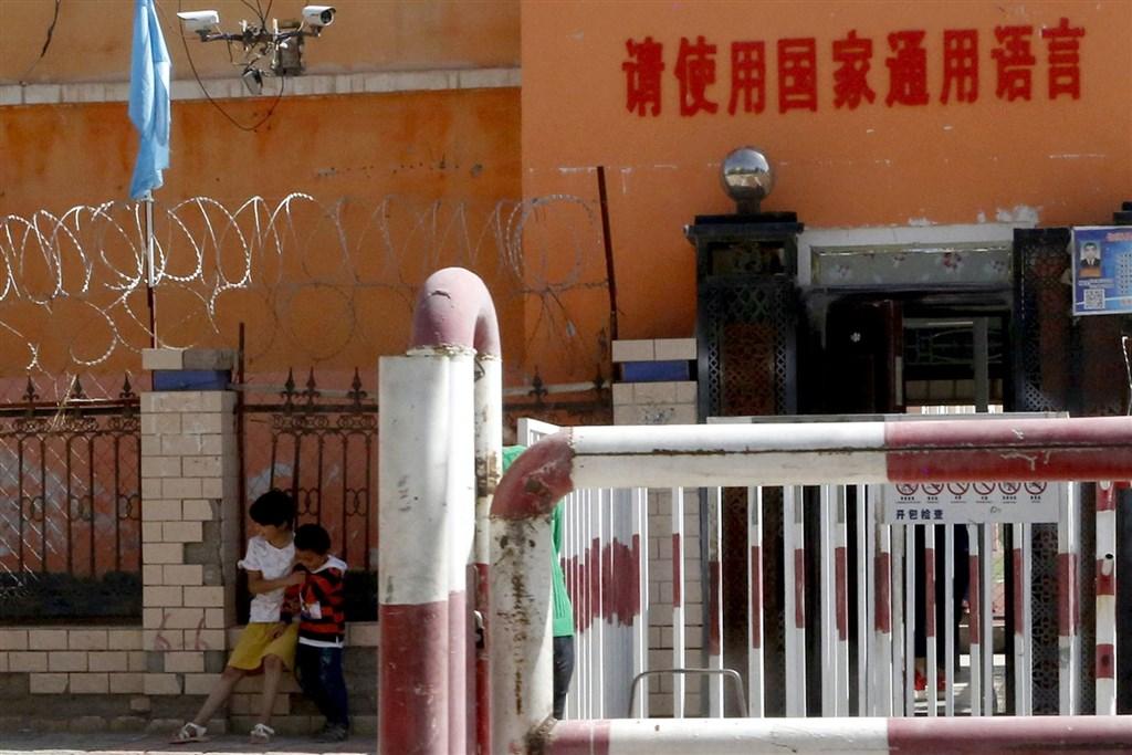 中國連寄2信要求美議長「幫稱讚防疫好」 他氣壞直接宣戰!