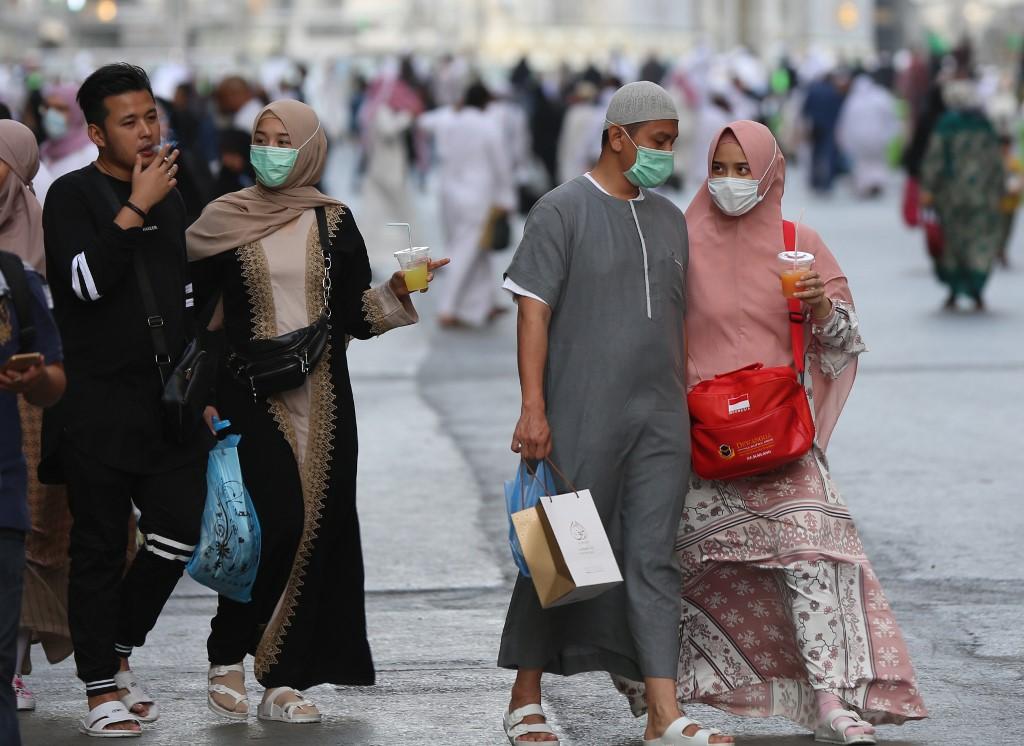 阿拉伯肺炎篩檢太貴「沒人敢驗」疫情超緊張 國王霸氣宣布:費用我買單!