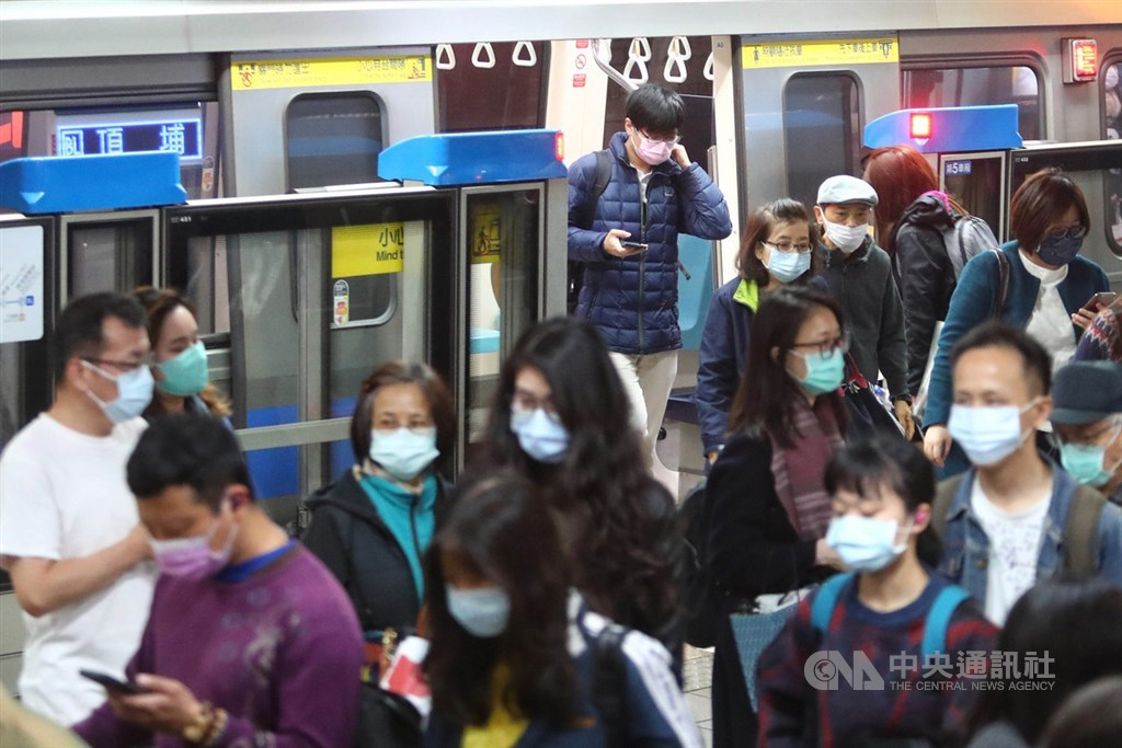 陳時中下令「搭大眾運輸須戴口罩」 勸導不聽直接開罰「最高1.5萬」!