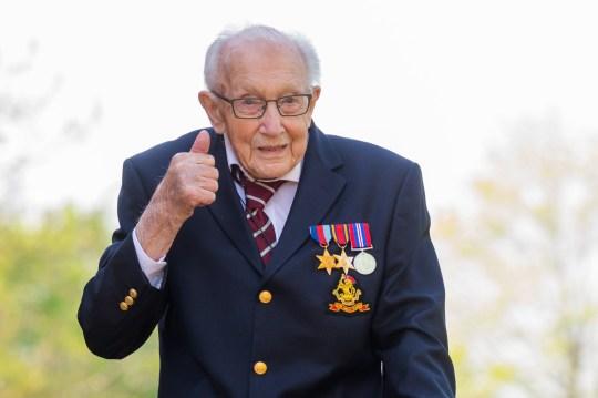 100歲老兵「募10億」全捐醫護 生日收「12萬份感謝」!