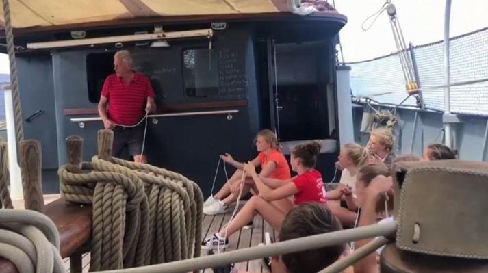 古巴鎖國禁飛 荷蘭學生駕老帆船「橫跨大西洋」回家