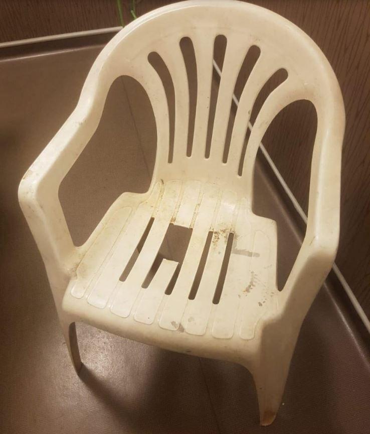 沒穿內褲直接坐椅子 隔離期「卡蛋慘案」在全球上演
