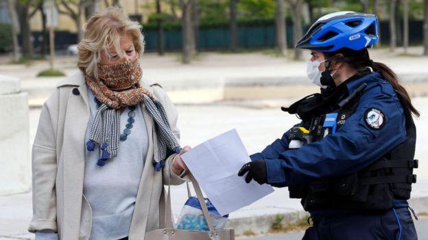 巴黎市長下令「白天不能出門運動」等晚上7點再說...