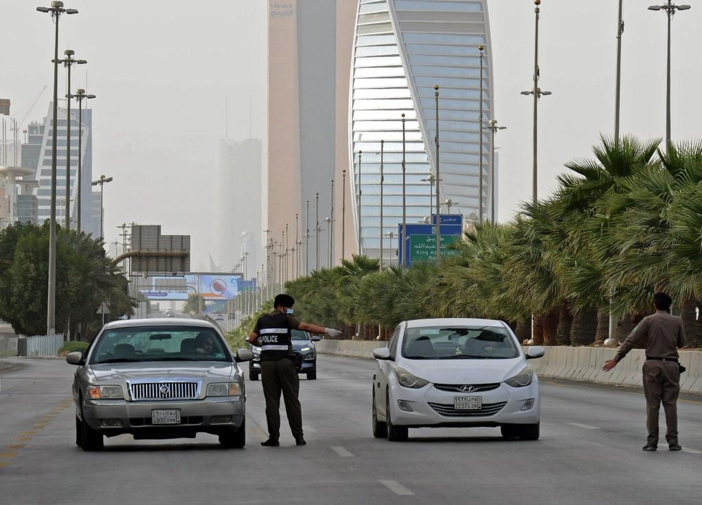 沙烏地阿拉伯驚傳「皇室150人感染」生病的平民緊急轉院