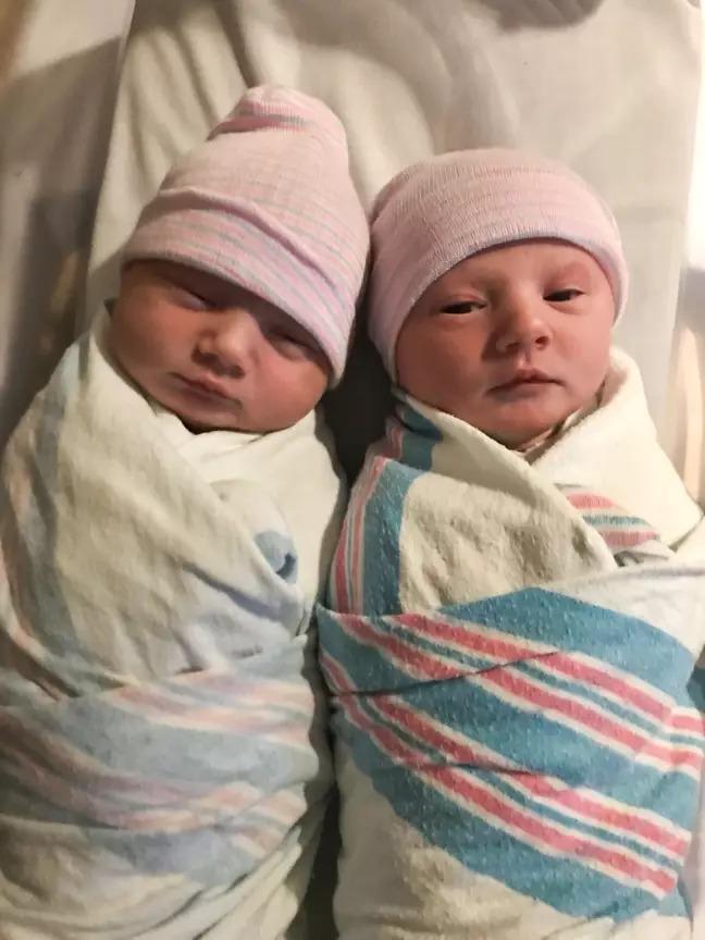 孕婦不知道自己「懷了雙胞胎」 剛生完「又掉出來1個」!