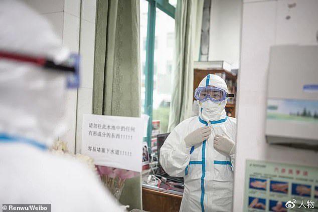 「吹哨人」被消失!武漢醫師「最早提醒肺炎」卻被封口:連老公都不能說