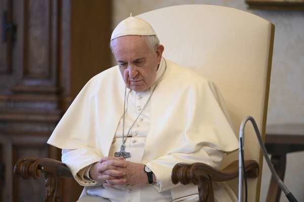 教宗狂酸「某政治人物與組織」 表面幫忙私下卻偷發災難財