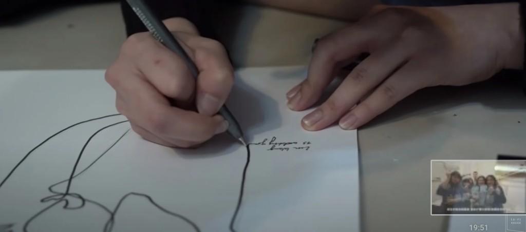 60萬設計網紅「被控抄襲」拿手機照著畫 執行長:沒說是原創