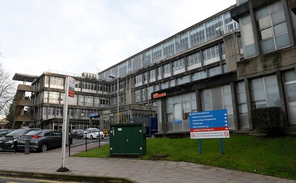 3護理師被迫「垃圾袋當防護衣」全確診 醫院施壓不准說!