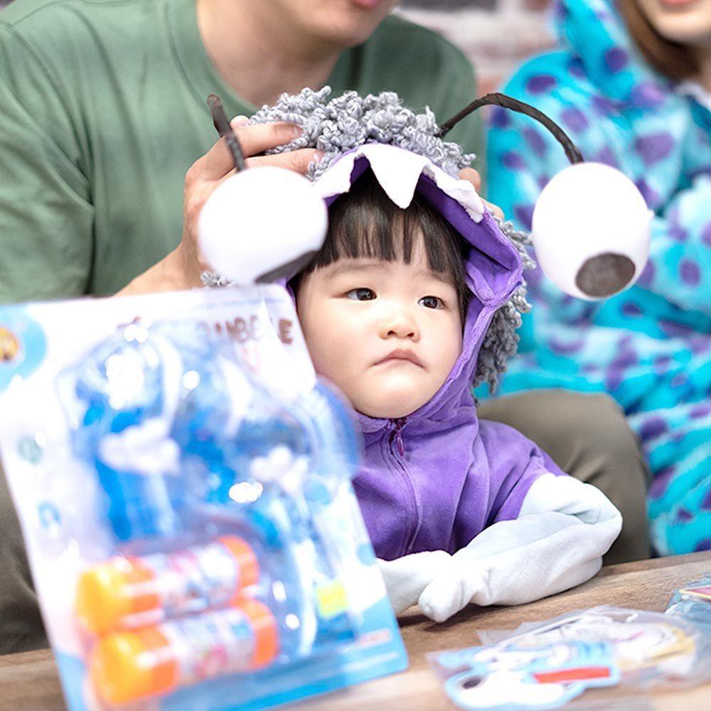 網人365/媽媽是高中生?手作系網紅讓女兒變「迪士尼主角」!