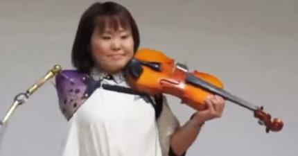 影/車禍奪走護士的手...現在她靠「高科技」繼續拉最愛的小提琴