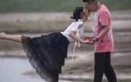 攝影師隨手拍情侶親嘴照 爆紅後「男主露餡」崩潰求下架!