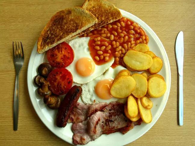 警察「偷吃7份早餐」被開除 局長下令「永不錄用」:他不誠實
