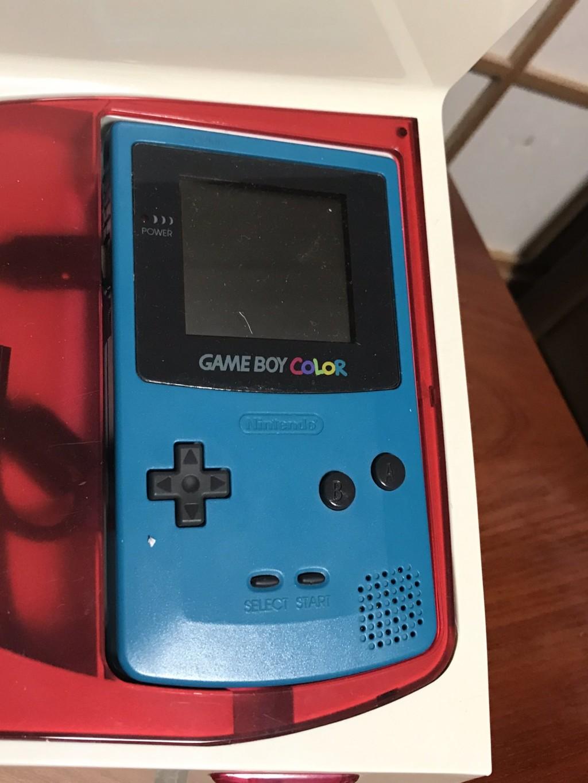 超神奇「Game Boy縫紉機」!打完電動「遊戲人物」就縫完