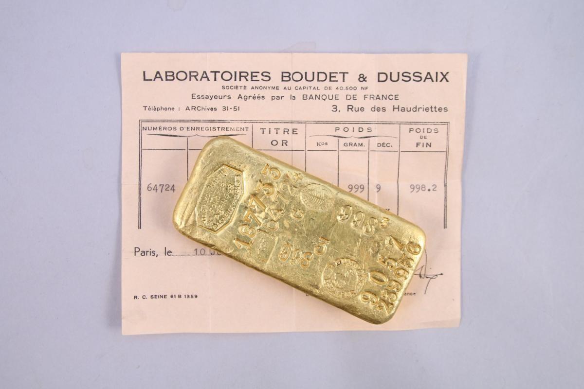 阿嬤的棉被掉出「2公斤大金塊」多一張紙價值翻倍