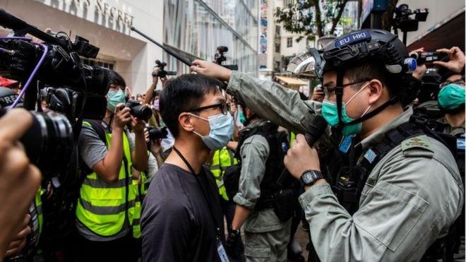 英國擱重話要求中國「撤回國安法」否則要讓港人更自由