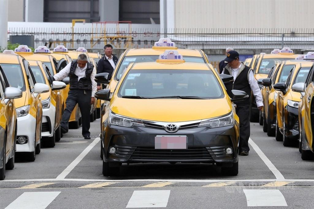 紓困補助再加碼!林佳龍:計程車司機「能領6萬」慘被罵翻