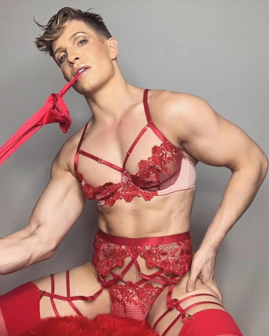 大碼性感內衣「請男模代言」惹爭議 顧客直嗆:一點都不想買!