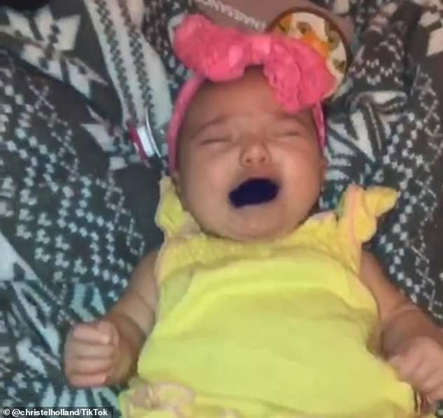 媽媽拍「寶寶吃螢光筆」得意炫耀 被罵翻急澄清:我是為她好!