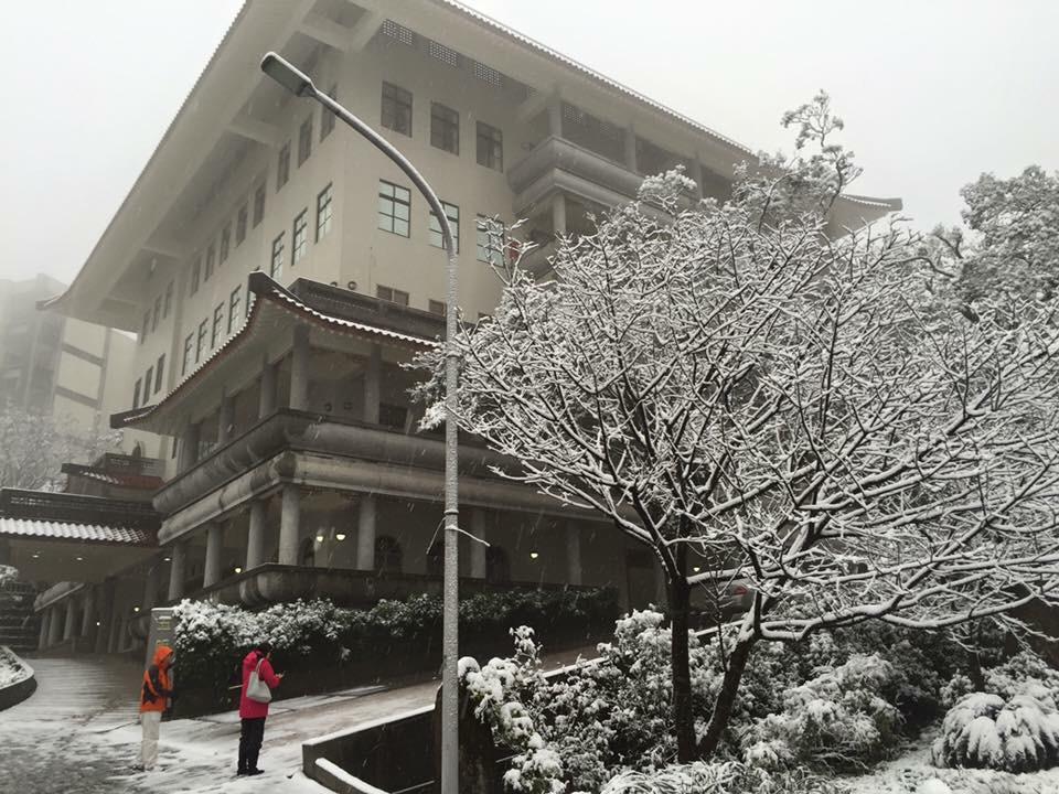 台灣超狂私校「全校免學費」 每年「少收1億」出席率夠高就能拿!